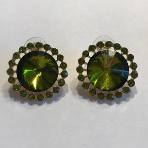 Green rhinestone pierced earrings - large rounds